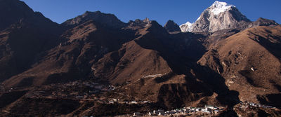 via Lower Gokyo Valley Loop